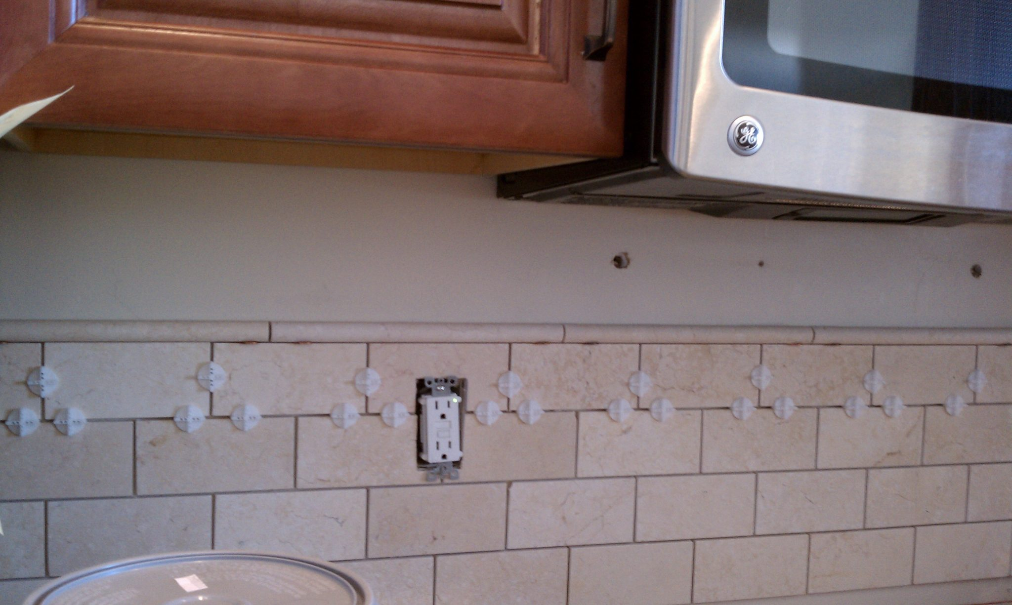 Tile backsplash her tool belt imag0370 dailygadgetfo Images