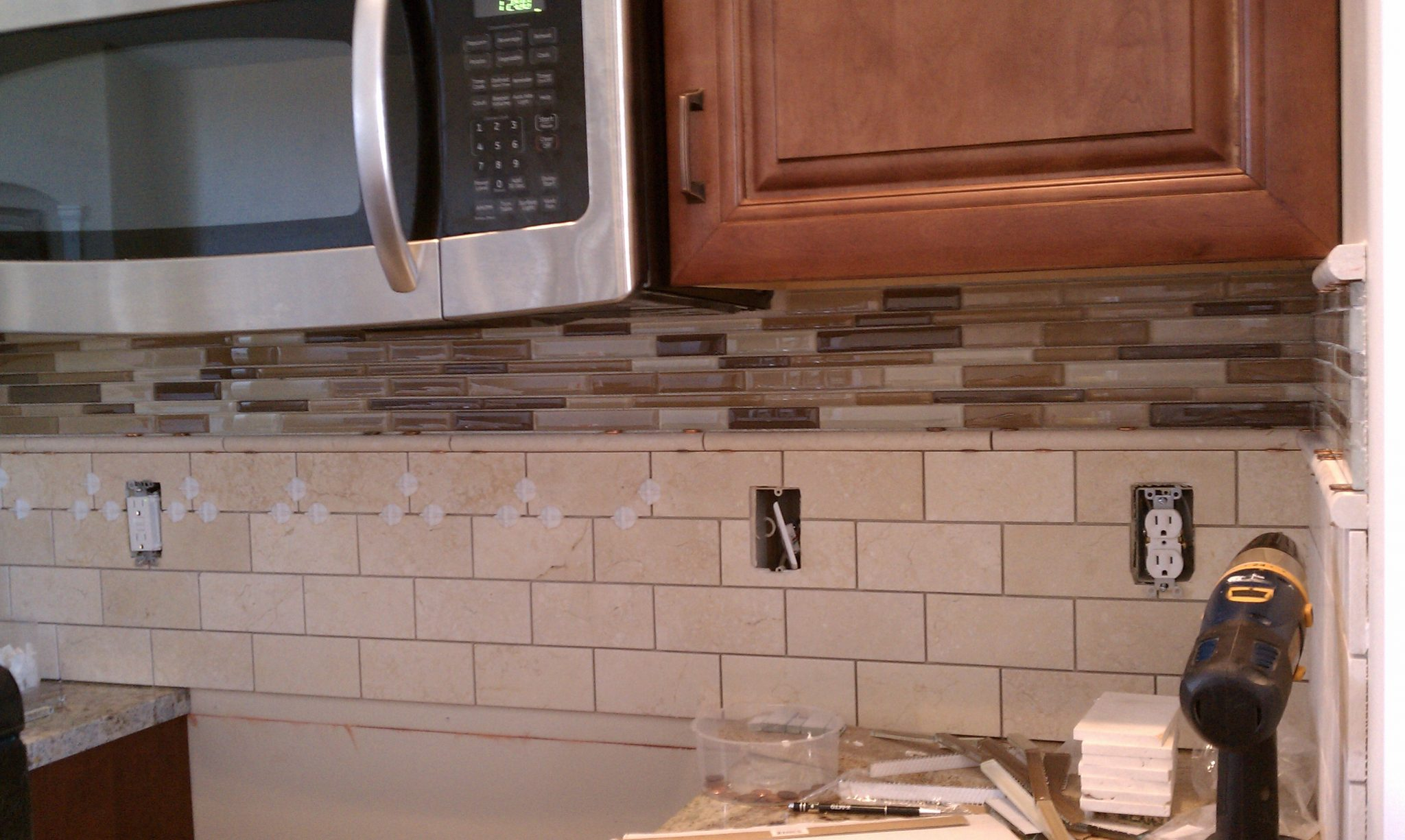 Removable tile backsplash