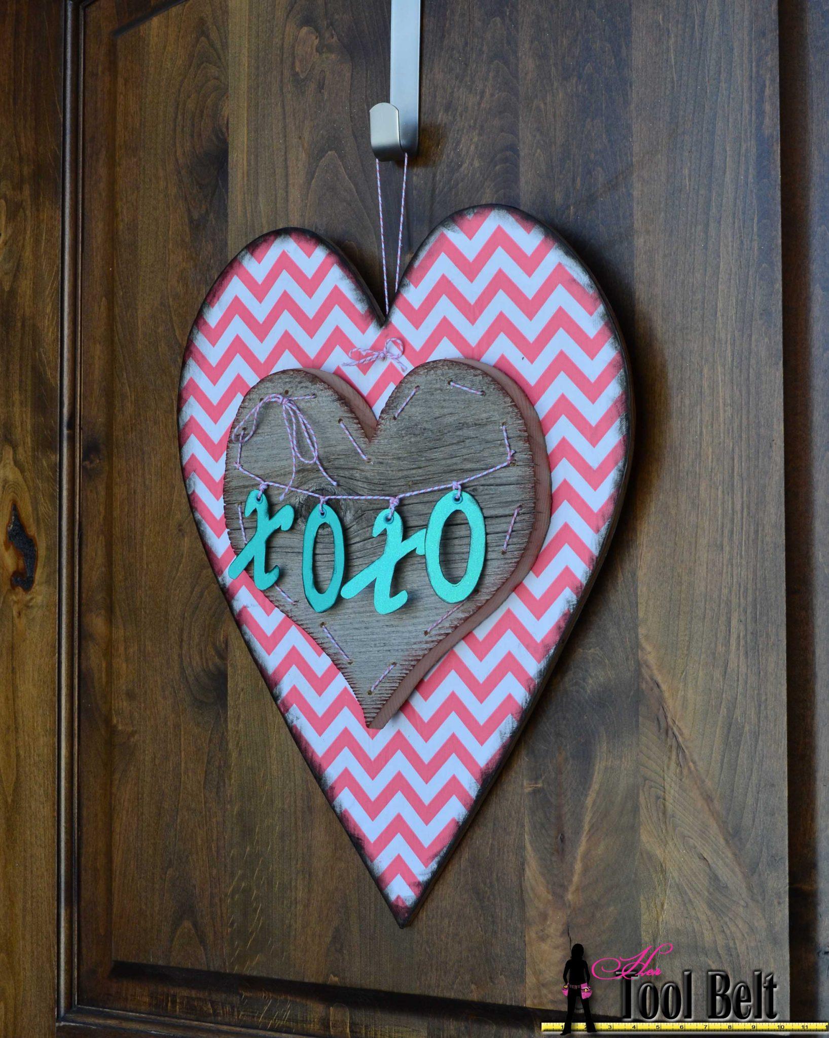 ... valentine chevron heart door decoration & Valentines Heart Door Decoration - free pattern - Her Tool Belt