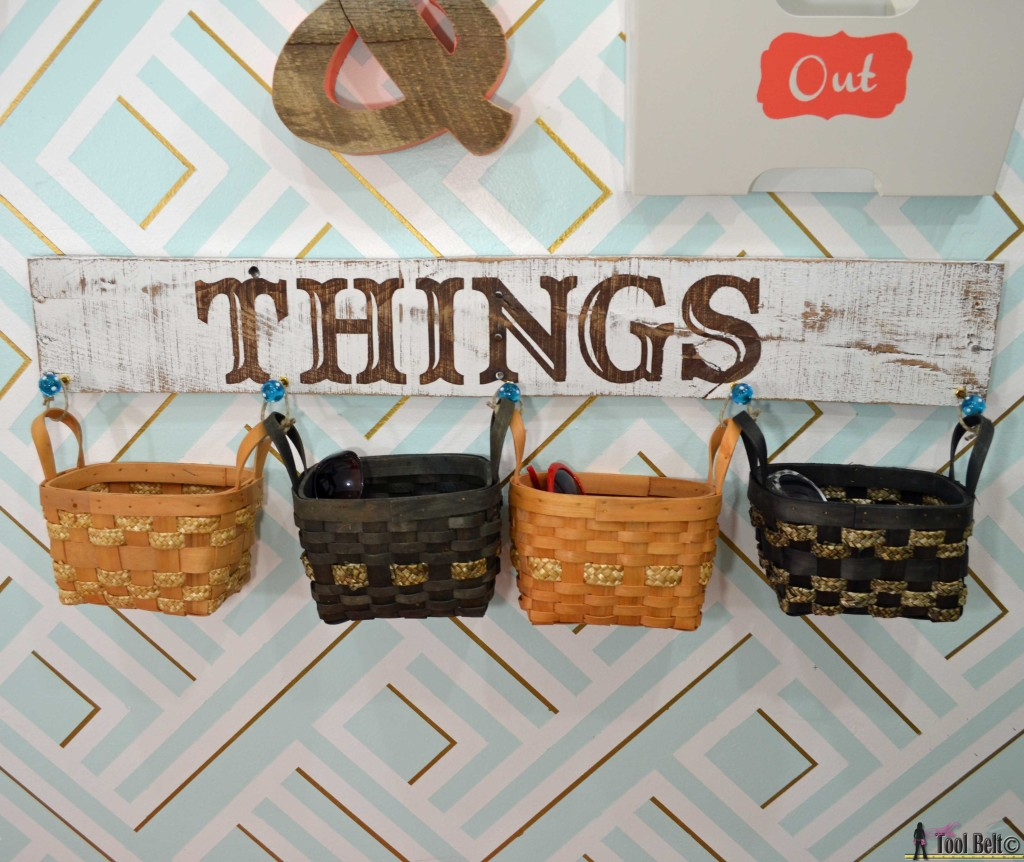 Things sign and baskets