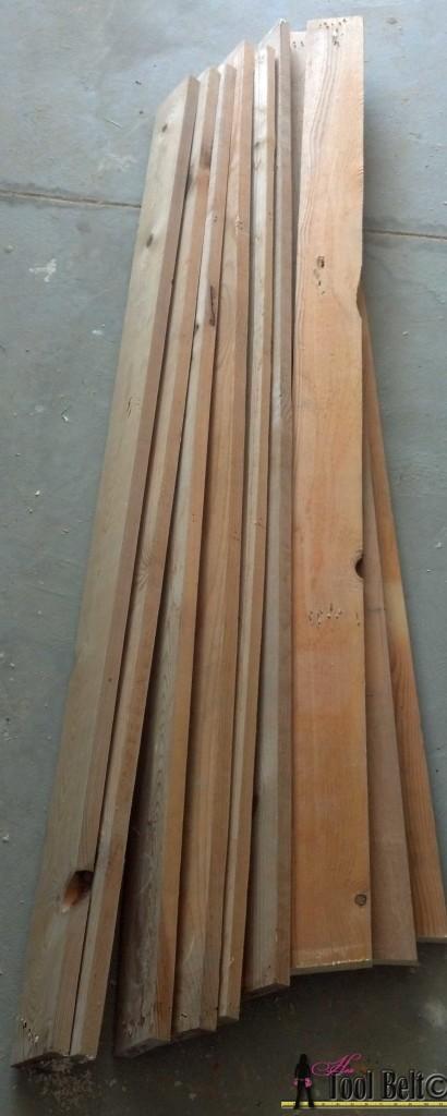 7 drawer dresser-pallet wood