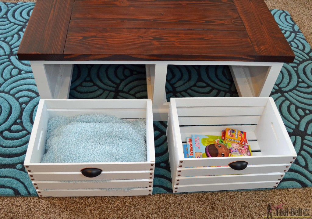 Add storage to your living areas by building a stylish and unique crate storage coffee table, free woodworking plans. #getorganized