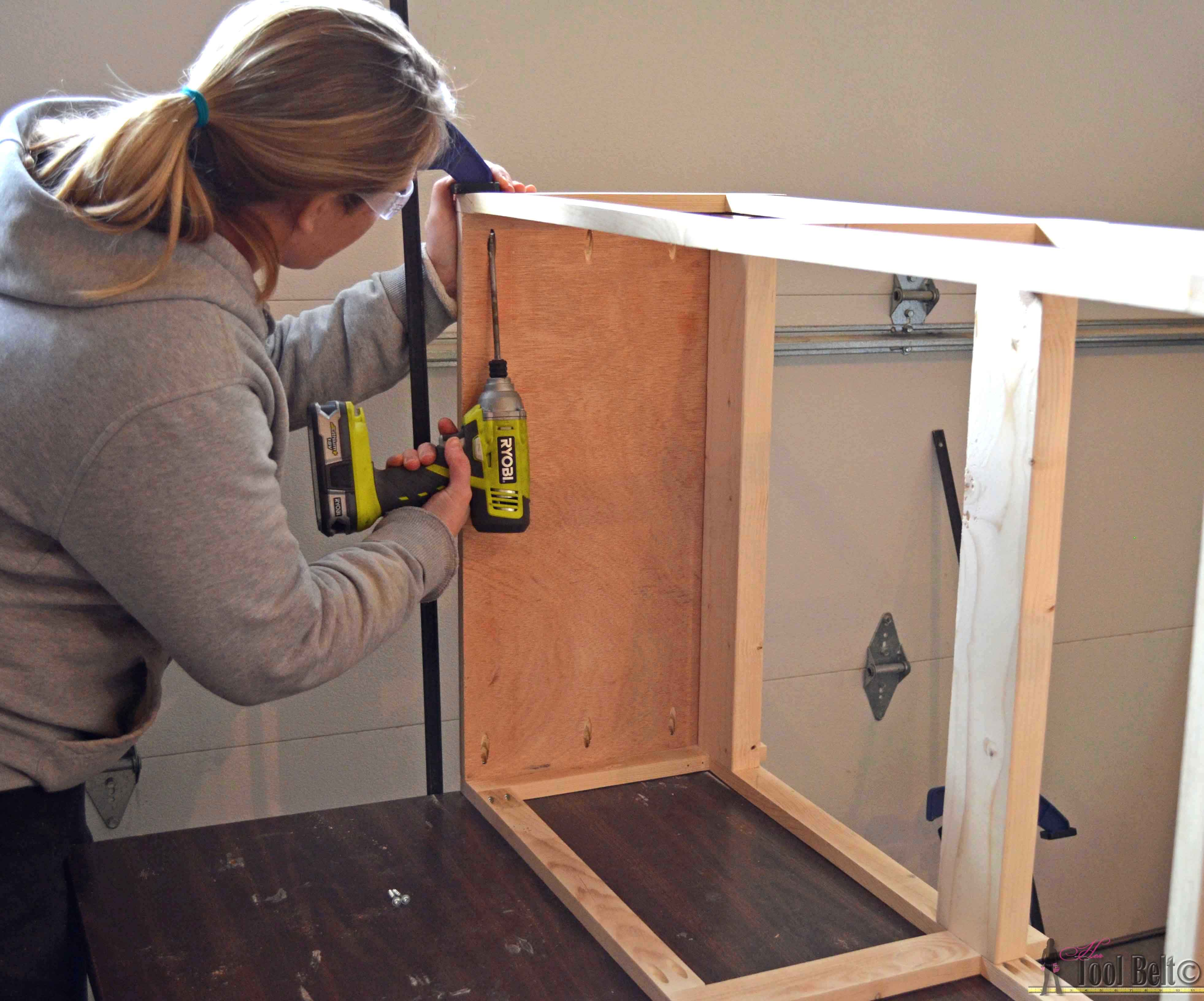 Step 5 crate table- attach 2nd face frame - Her Tool Belt