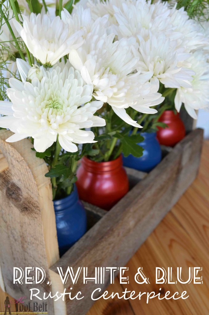 A perfect mix of rustic charm and Red, White & Blue for your patriotic decor. Free plans for the rustic tool box caddy.