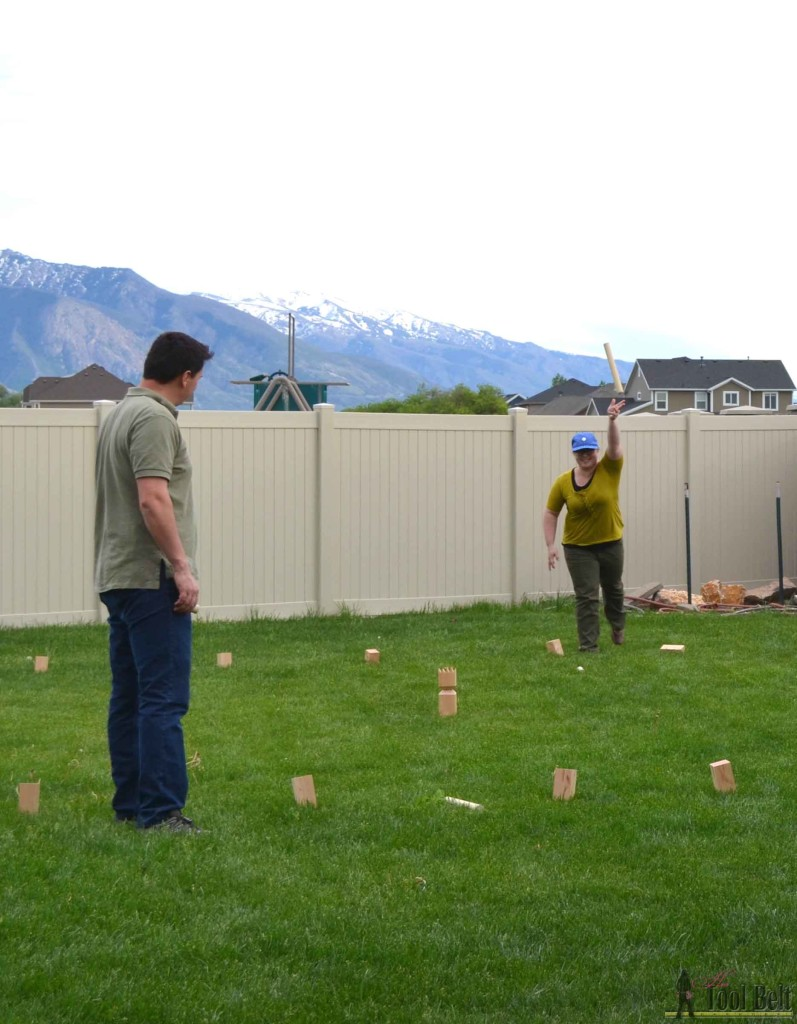 Have you played Kubb yet? Kubb is a fun outdoor lawn game also known as 'Viking Chess'. Perfect for BBQ's and family reunions. Free plans to build your own DIY Kubb Set.