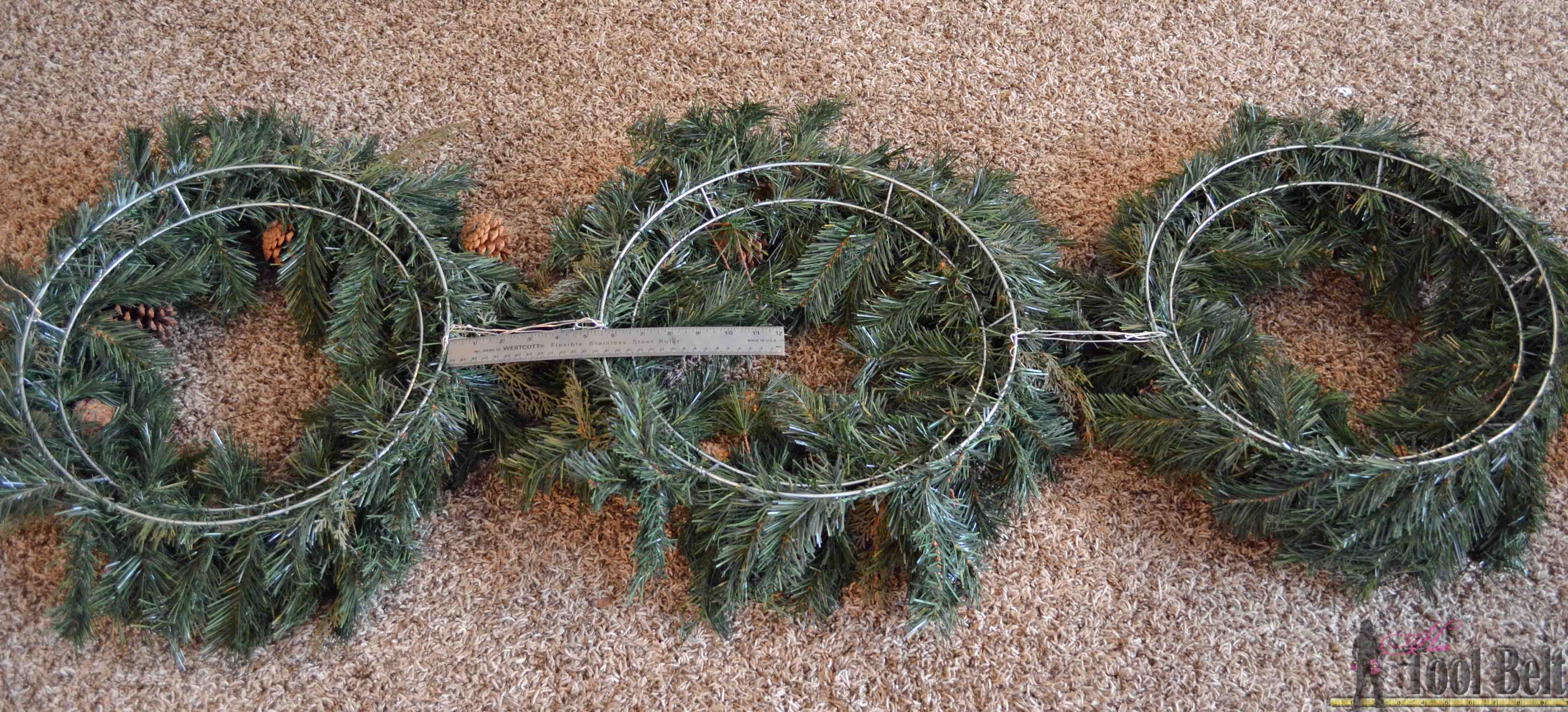 Merry And Bright Christmas Wreath Trio Her Tool Belt