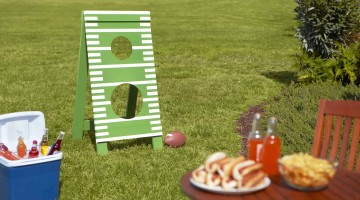 Father's Day Football Toss – DIY Workshop