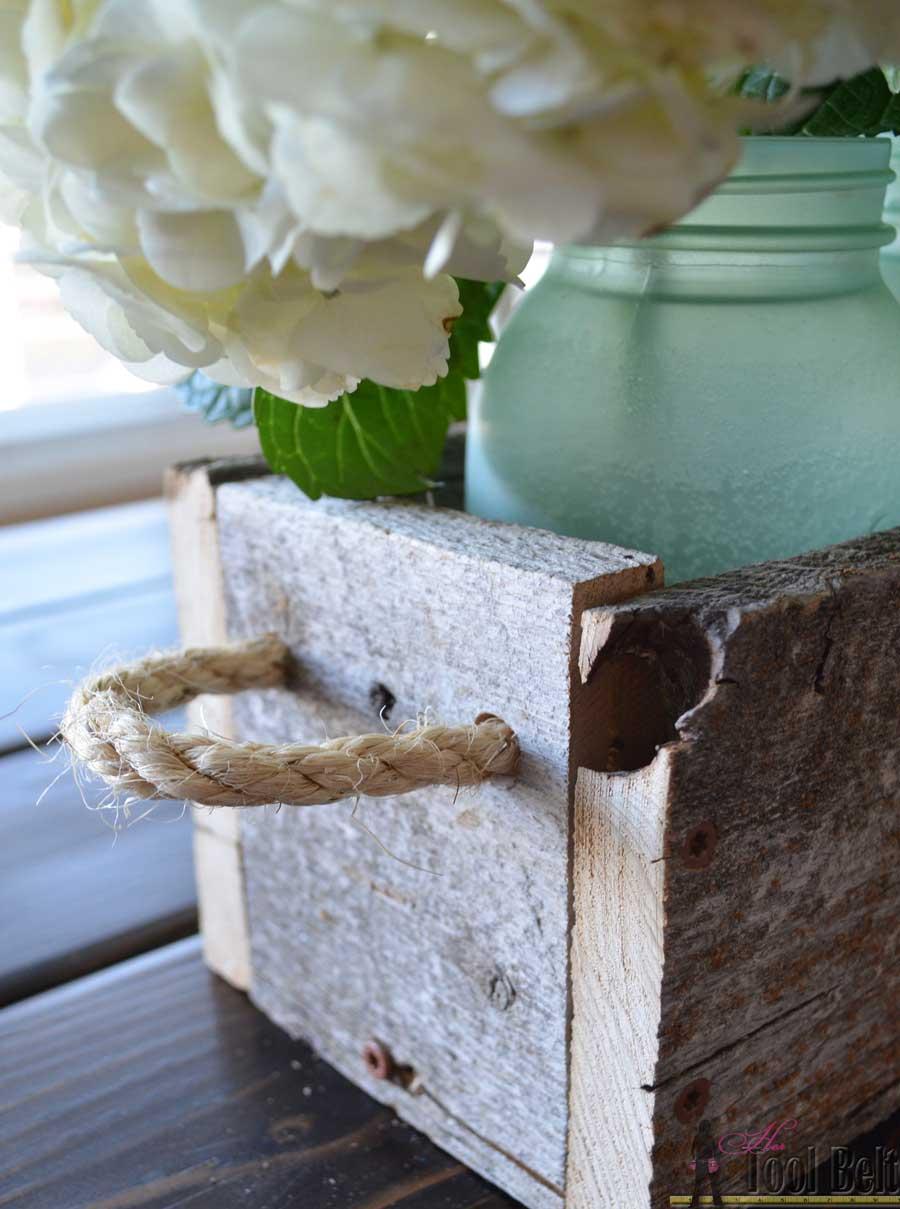 easy reclaimed wood box centerpiece her tool belt. Black Bedroom Furniture Sets. Home Design Ideas