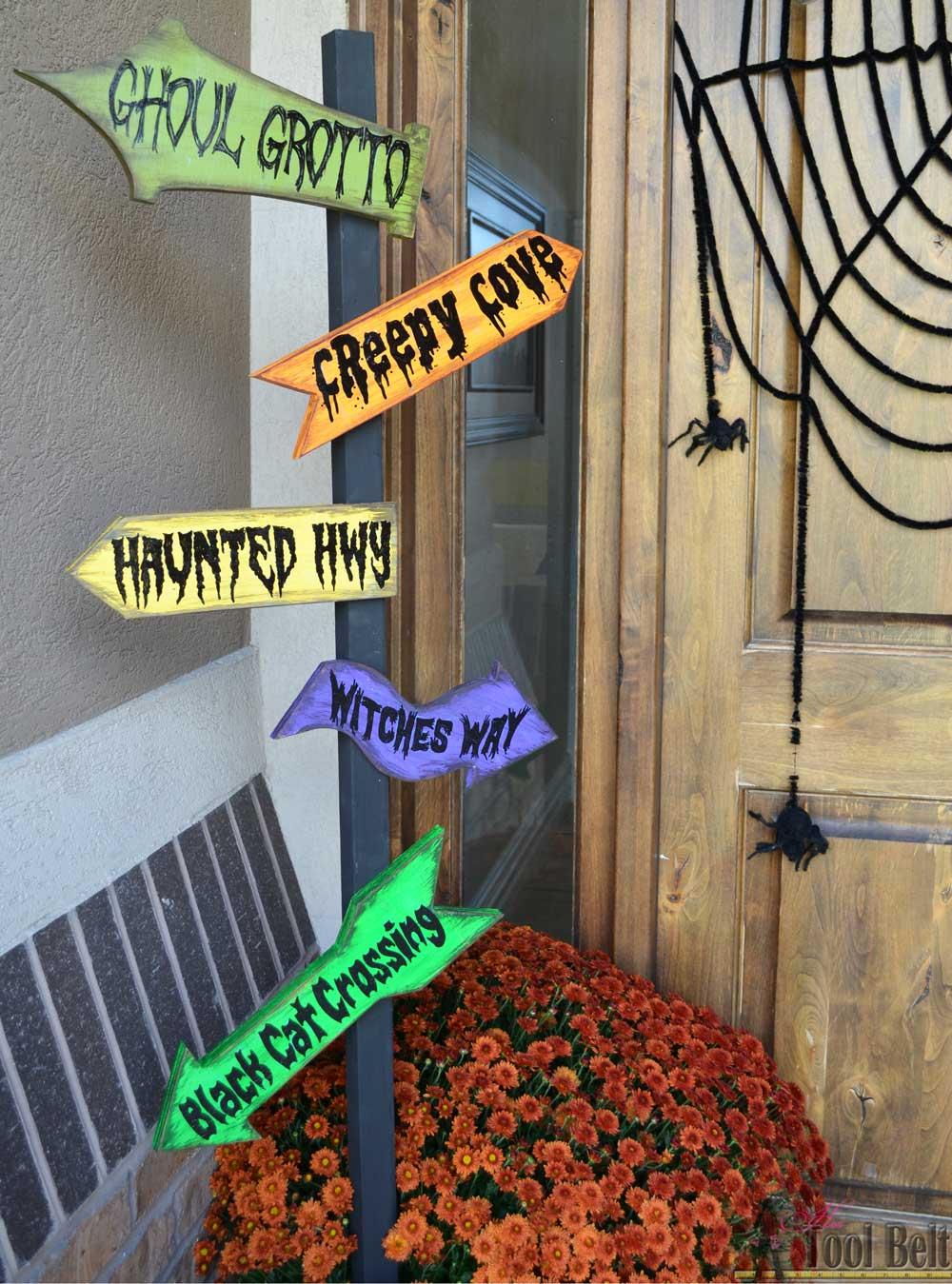 DIY Halloween Direction Sign - The Idea Room