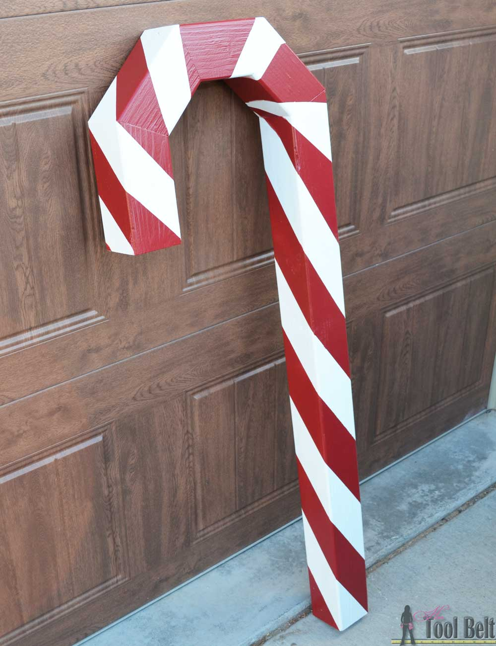 Candy Cane Holiday Stocking Post - 102.3KB