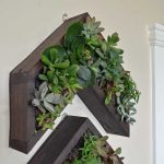 Arrow Vertical Succulent Planter