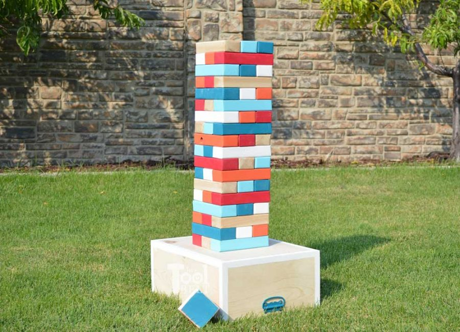 Make your own Giant Block Tower Builder with a carrying crate that doubles as a playing stand. Add colored dice for a fun roll 'n go option to mix things up.