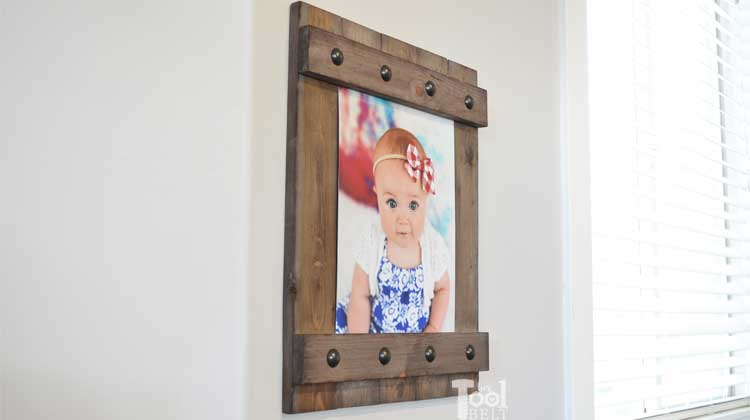 DIY Easy Farmhouse Style Frame - Her Tool Belt