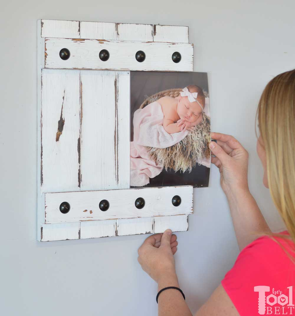 Easy farmhouse style picture frame 8x10 her tool belt change out your photo prints super easy with a sliding farmhouse style frame make these jeuxipadfo Choice Image