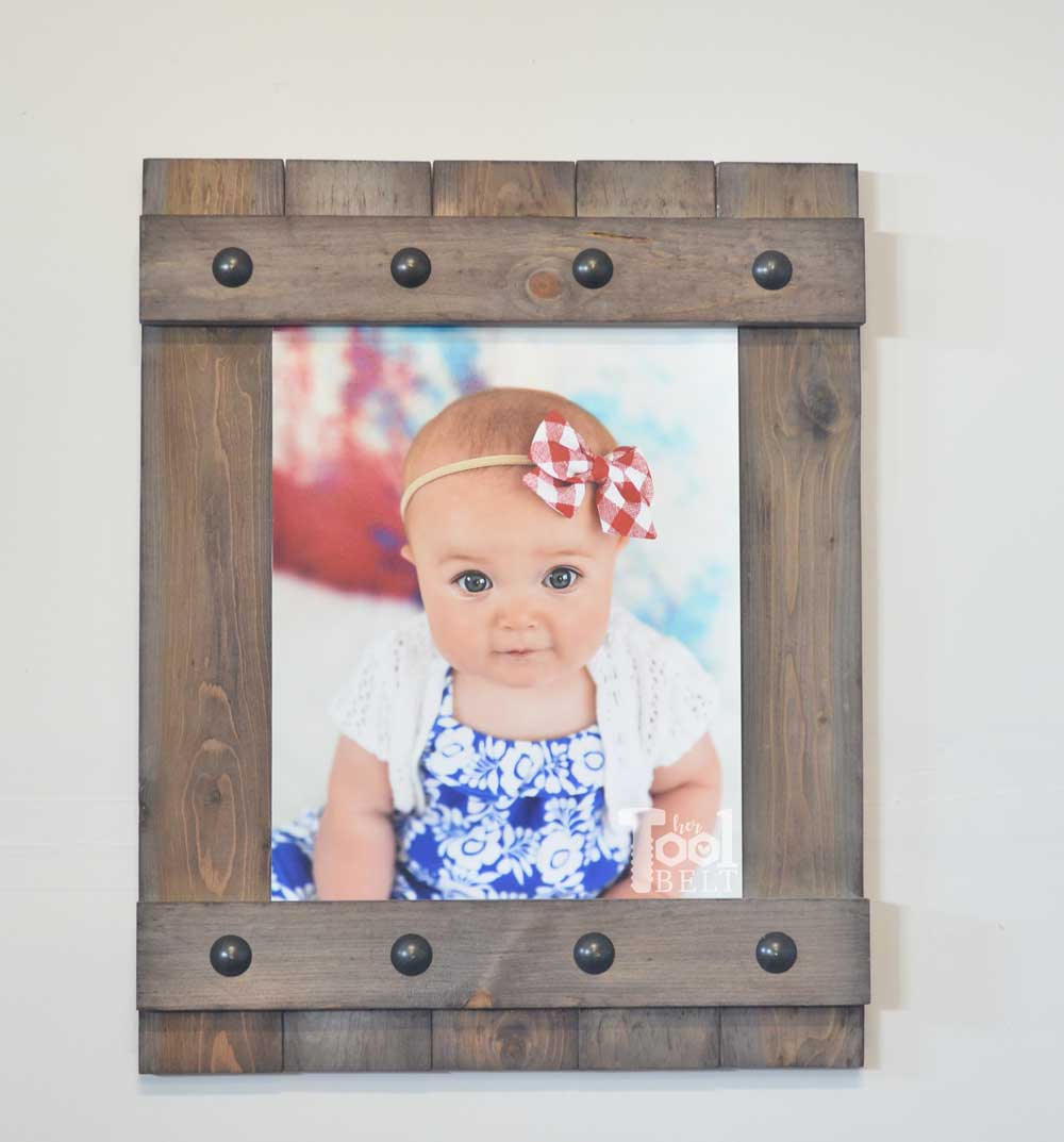 Diy easy farmhouse style frame her tool belt change out your photo prints super easy with a sliding farmhouse style frame make these jeuxipadfo Choice Image