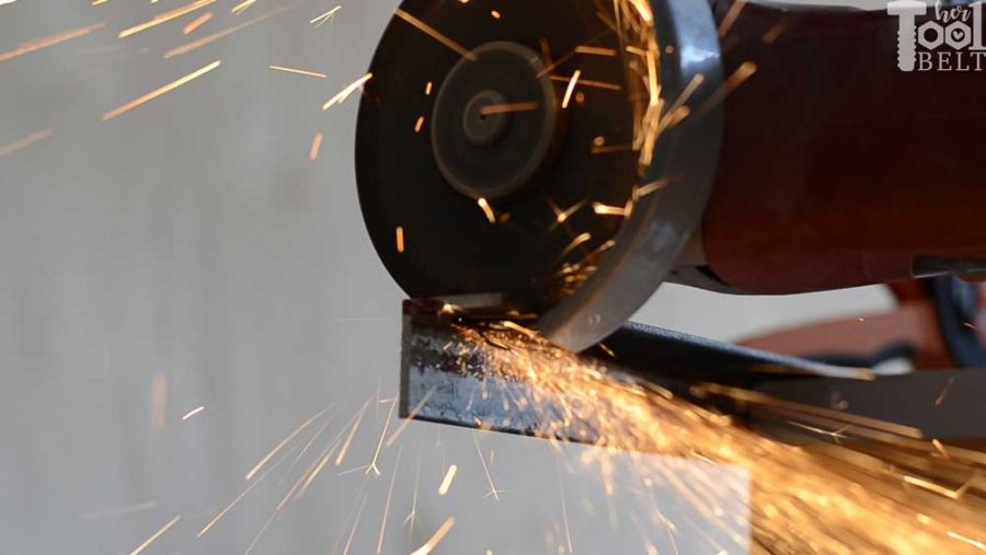 Old method to cut steel with an angle grinder
