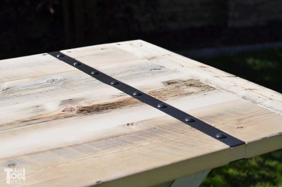 Super Chunky X Table free plans - metal inlay with carriage bolts
