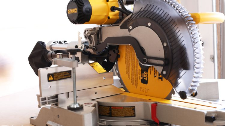 DWS779 DeWALT Miter Saw Review